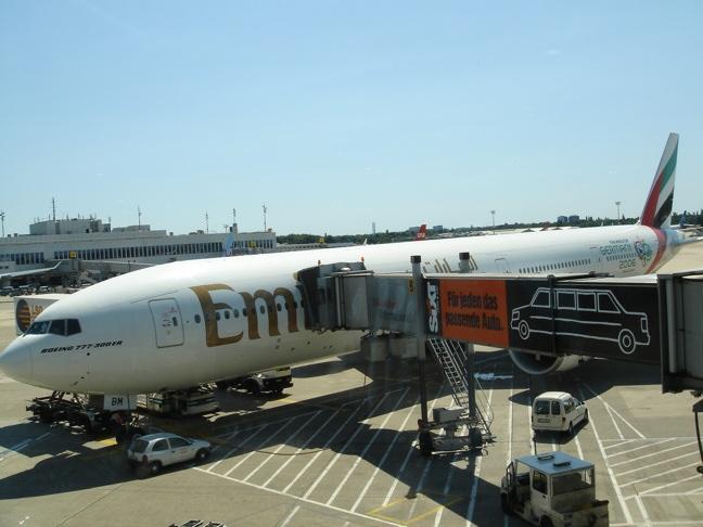 Flugzeug Düsseldorf-Dubai